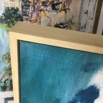 Float framing for canvas