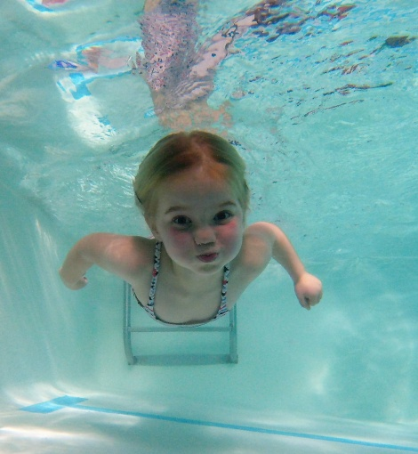 swimming with no goggles is so important from a safety point of view