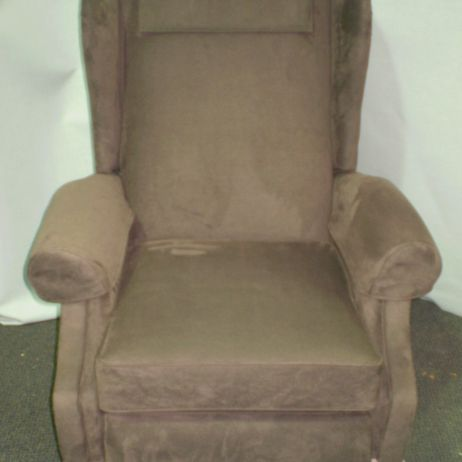 Melbourne upholsterer reupholstered 2 lovely wing chair recliners for Phillip Island 5 Star B&B