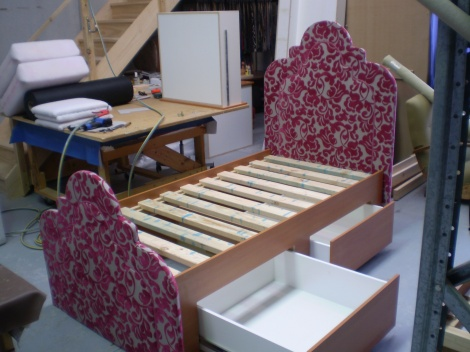 Lily Bed with Storage Drawers