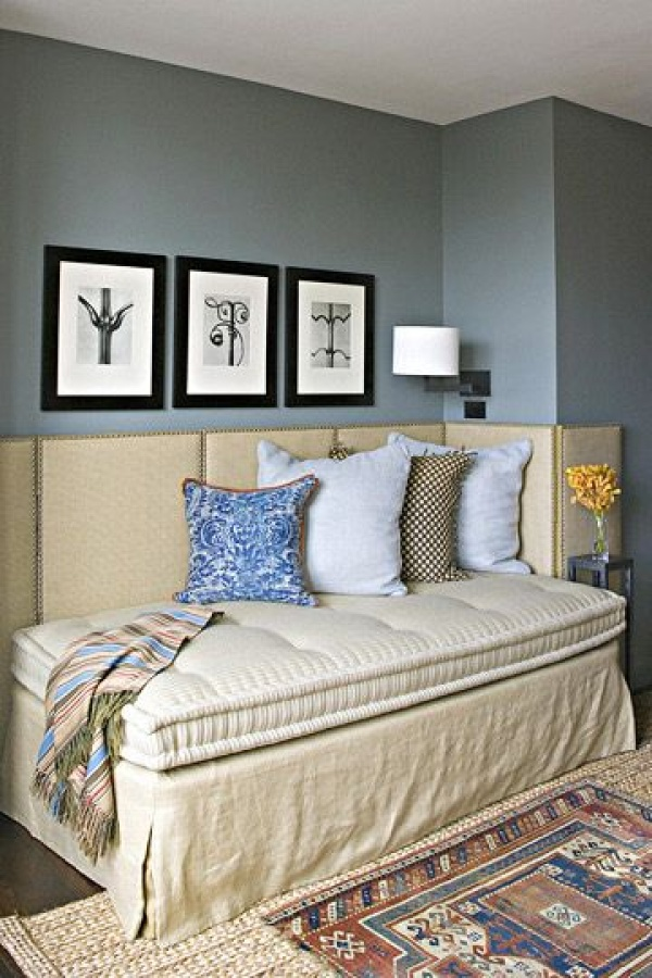 Platform Bed Into Daybed