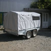 Trailer cover with vent