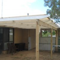 Pergola with shade cloth