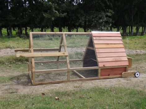 N) Narrow Coop - 3mtr with handles and wheels