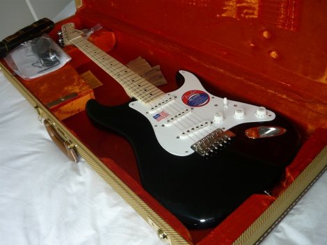 ERIC CLAPTON FENDER- STRATOCASTER -BLACKIE - BRAND NEW - 100% MINT