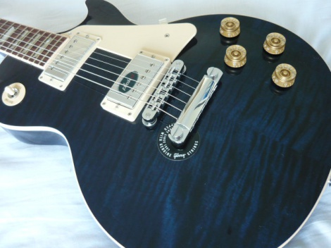 GIBSON LES PAUL TRADITIONAL CHICAGO BLUE - BRAND NEW - 100% MINT