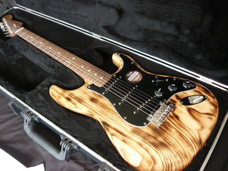 2013 FENDER AMERICAN DESIGN STRATOCASTER - BURNT ASH - WALNUT NECK
