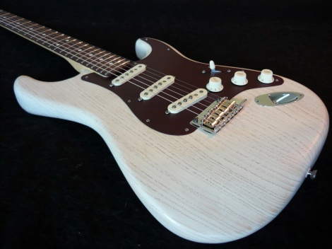 2013 FENDER AMERICAN STRATOCASTER - SPECIAL RUN-OLYMPIC WHITE