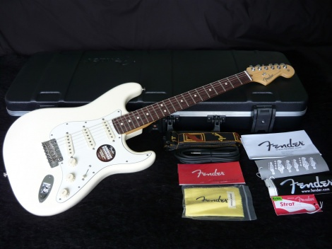 FENDER AMERICAN STANDARD STRATOCASTER - OLYMPIC WHITE - RW