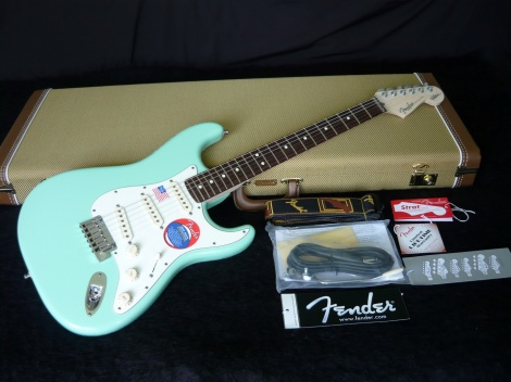 FENDER JEFF BECK ARTIST STRATOCASTER - SURF GREEN