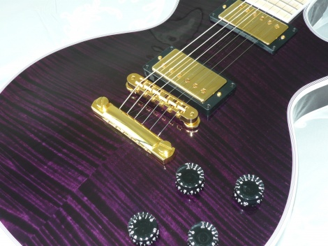 GIBSON LES PAUL CUSTOM DARK PURPLE