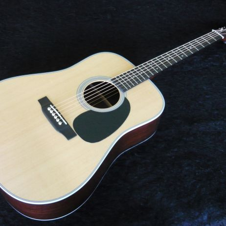 MARTIN D- 28 ACOUSTIC - Brand new