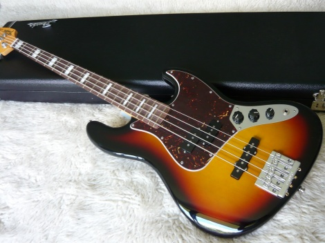 FENDER AMERICAN VINTAGE 70s HOT ROD JAZZ BASS - 3 toneburst