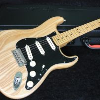 FENDER LIMITED EDITION AMERICAN STANDARD OILED ASH - NATURAL