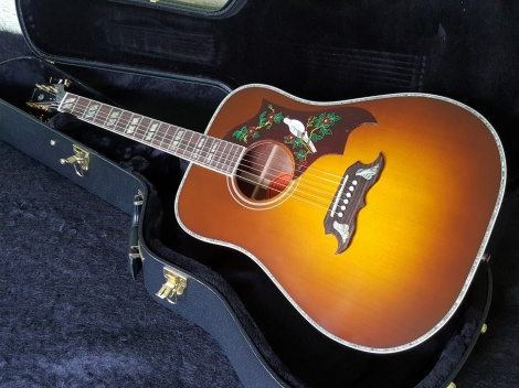 GIBSON 2016 DOVE CUSTOM ACACIA LIMITED EDITION - Amberburst