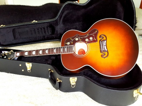 GIBSON 2016 SJ-200 AMBER QUILT Limited Edition Amberburst