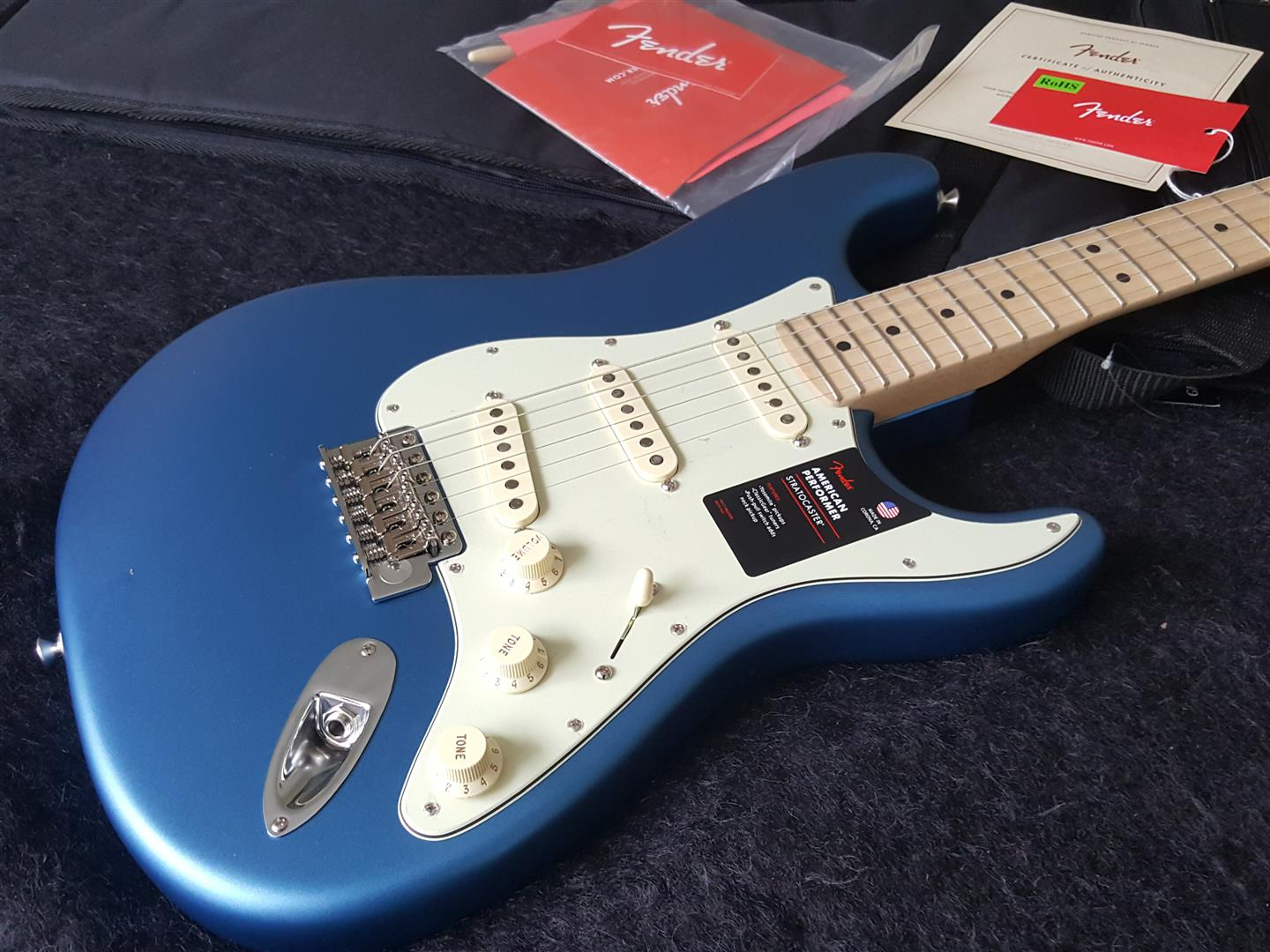 Fender 2019 American Performer Stratocaster - GUITARS ROCK - NZ's