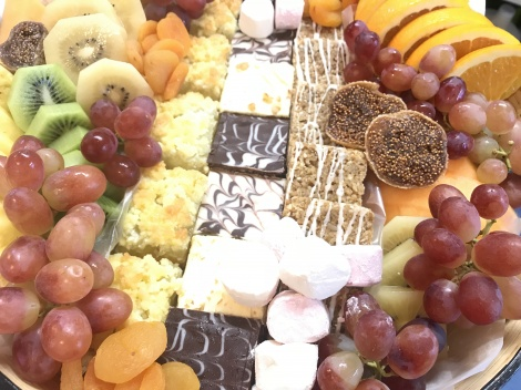 Platter sweet & Fruit
