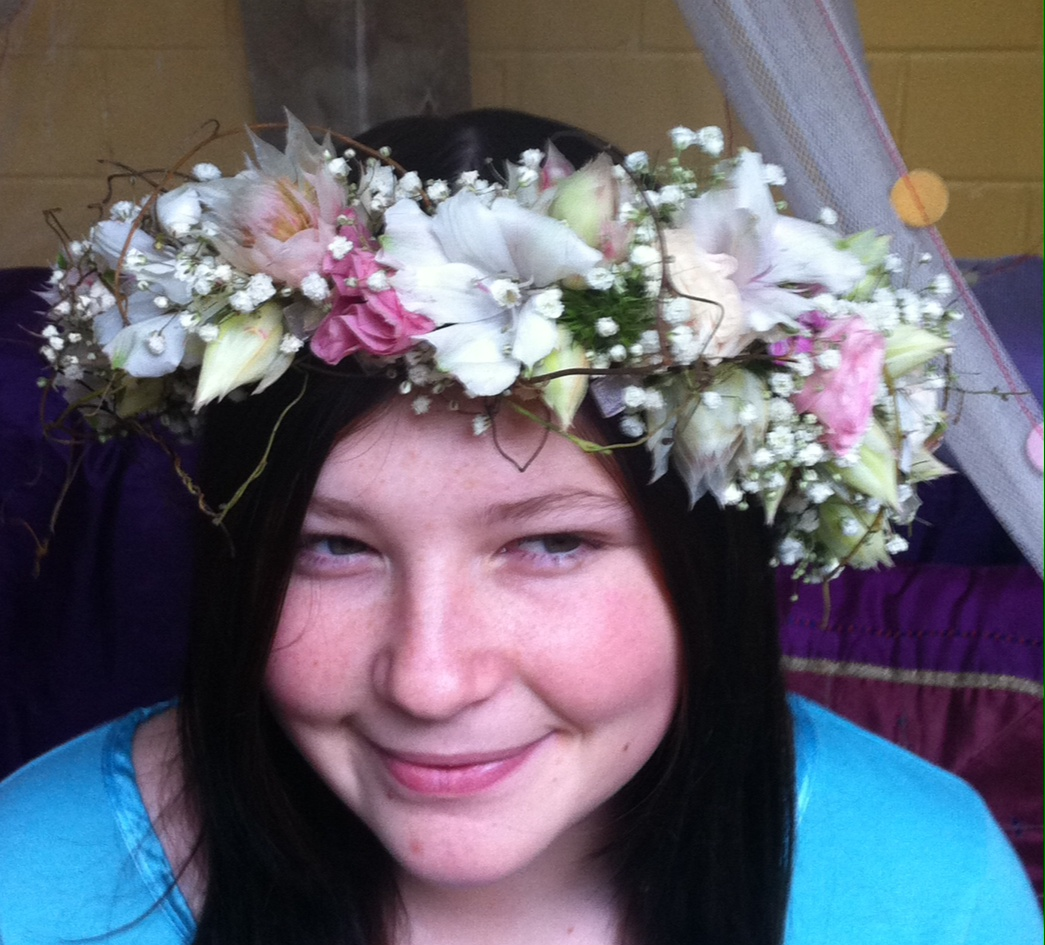 Flower crown friaryflowers add to cart flower crown izmirmasajfo