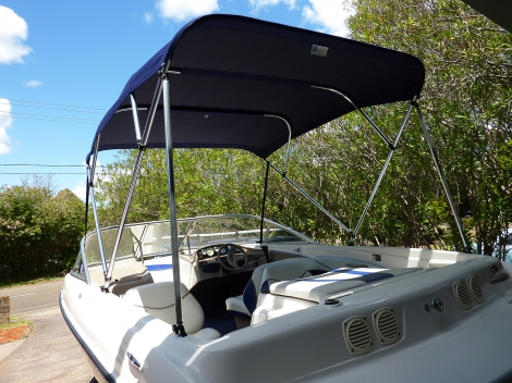 Bayliner 4 Bow Bimini