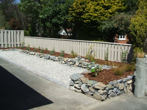 Dry stone planter wall & landscaping