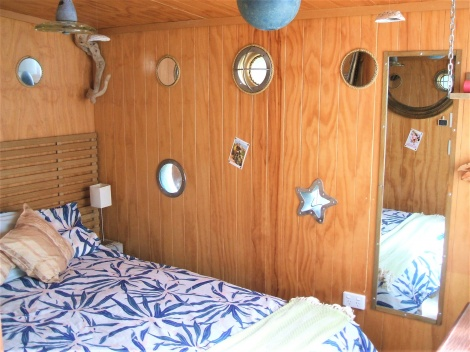 Driftwood Palace - Bedroom