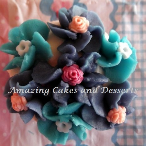 Flower Bouquet Cupcake
