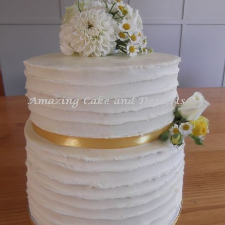 Fresh Flowers Weddingcake