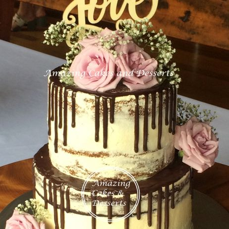 Chocolate drip Semi-naked Weddingcake