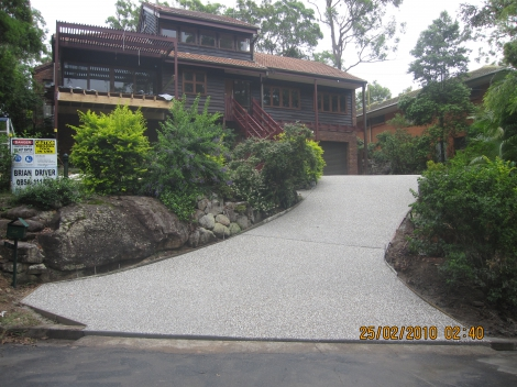 Exposed macleay mix Driveway.