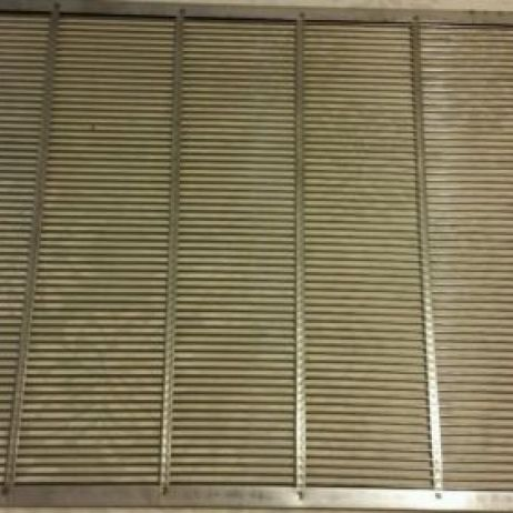 Stainless Steel queen excluder 8 Frames