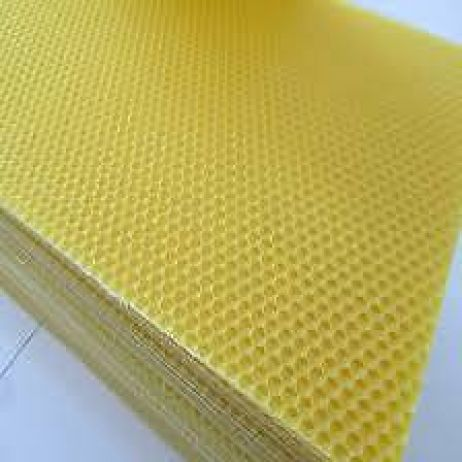 10 KG Australian Beeswax Foundation (about 14 sheets per kg)