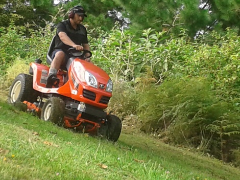 Ride-on Lawnmowing