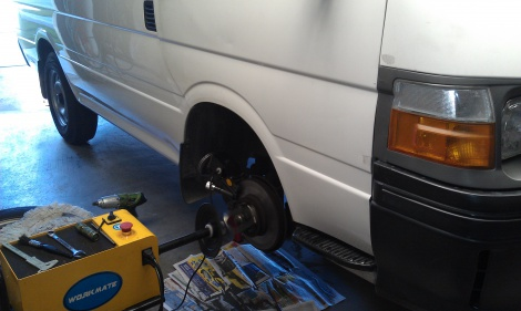 Toyota Hiace Front Disc Machine