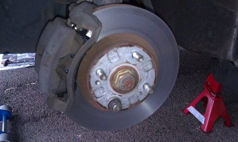 Front Disc Pad Replacement and Disc Machine Mazda 323