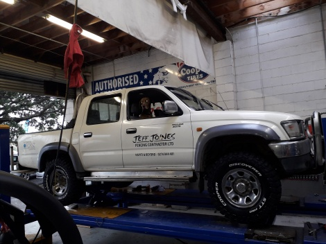 COOPER TIRE STT PRO ON HILUX