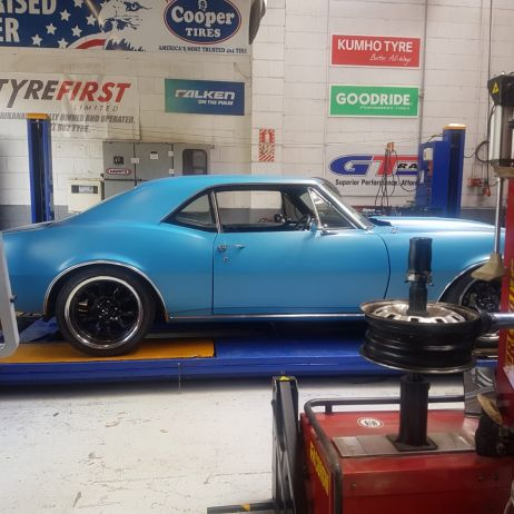 CAMARO IN FOR 3D WHEEL ALIGNMENT