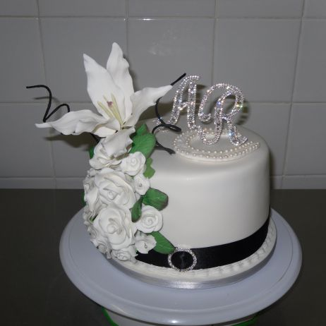 Cupcake tower topper