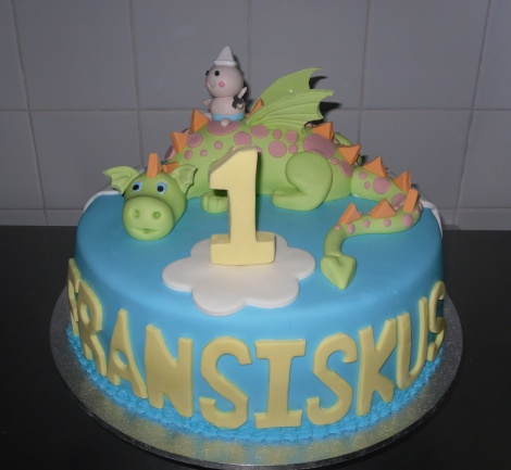 First birthday dragon cake