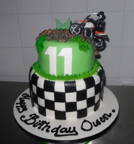 Trail bike cake