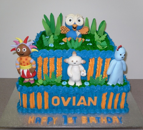 Hoot in the night garden cake
