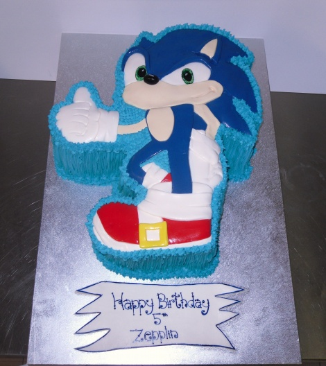 Sonic Hedgehog cake