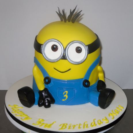 Another Minnion cake