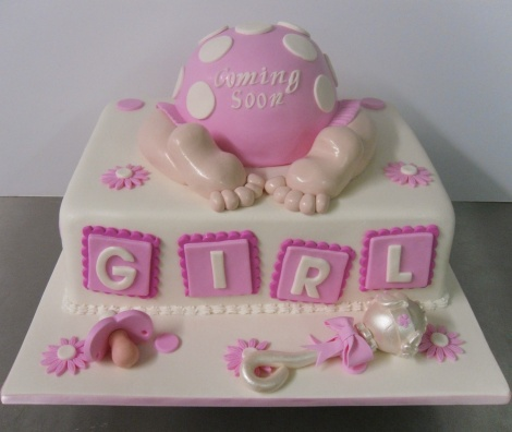 Baby shower cake with rattle