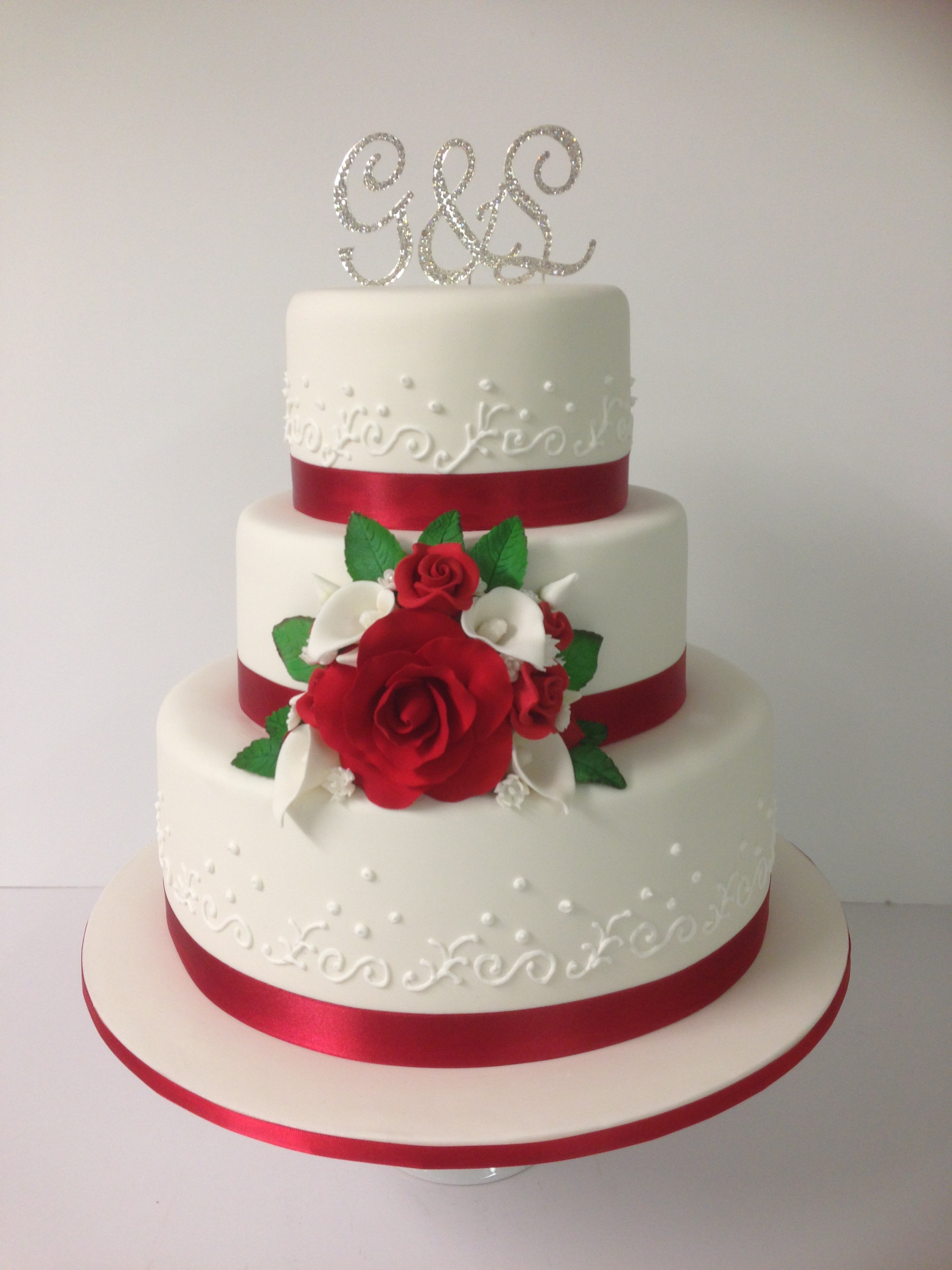 3 Tier Red And White Wedding Cake Annette S Heavenly Cakes