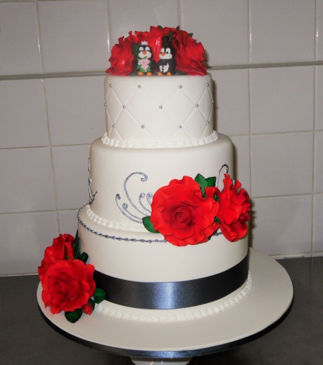 3 tiered rose wedding cake