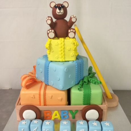 Toy cart babyshower cake
