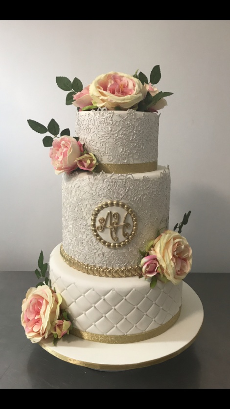 Gold and lace wedding cake