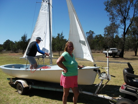 Alison Tweedie setting up her boat