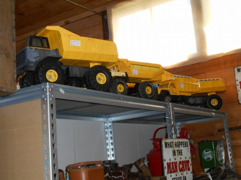 Metal Tonka trucks